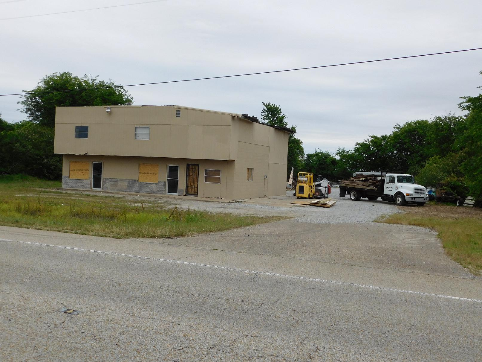 A building, up for condemnation, on U.S. 67 North in Walnut Ridge.