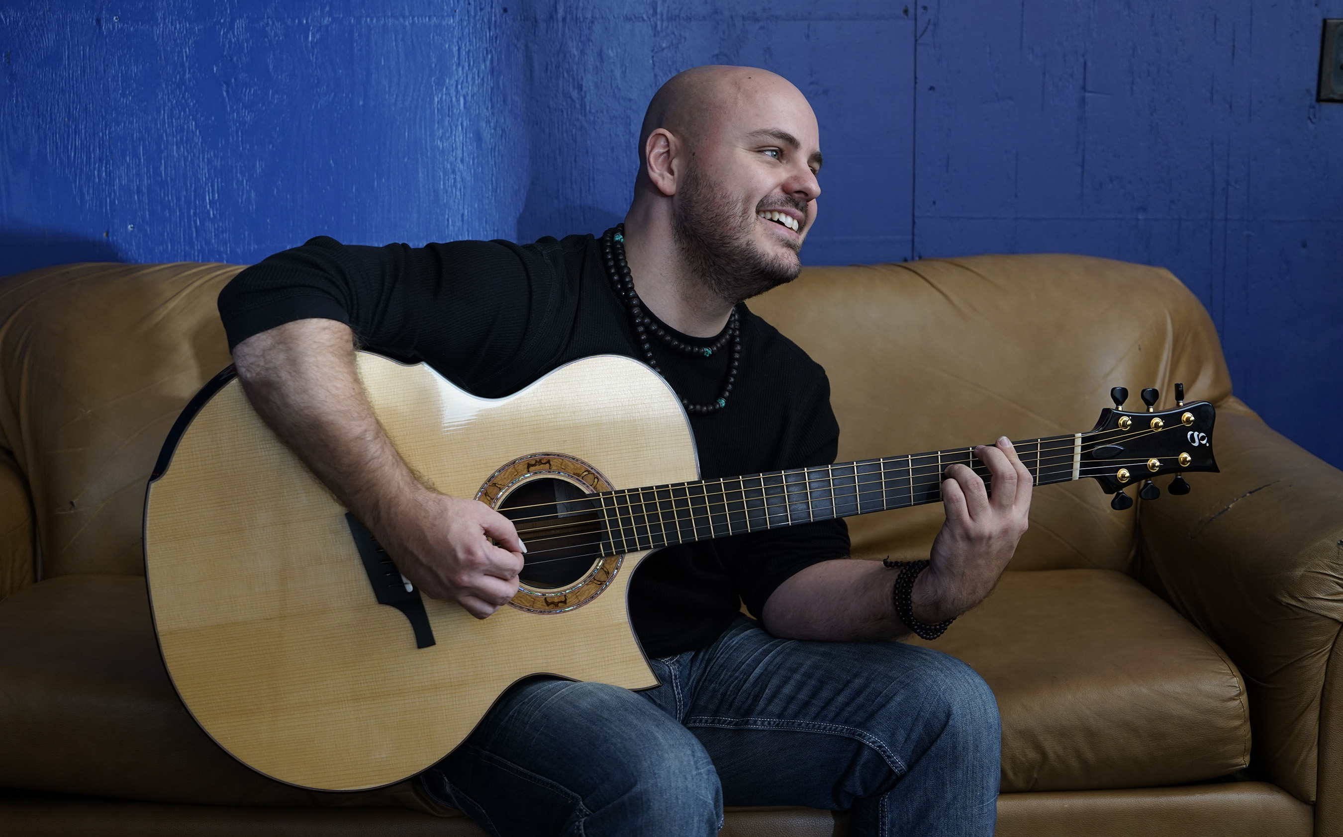 April 6: Andy McKee Concert to Kick Off Oasis Arts Festival